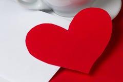 Coeur et cuvette de papier Image libre de droits