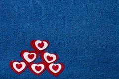 Coeur et espace de textile pour le texte Thème romantique d'amour sur les jeans b Image stock