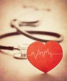 Coeur et stéthoscope Photographie stock