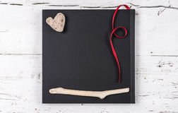 Coeur et tableau noir pour le texte Photographie stock libre de droits
