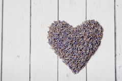 Coeur fait à partir de la lavande sèche Amour de concept, valentine Photo libre de droits