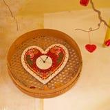 Coeur fait à partir du pain montré pour Valentine en Slovénie Photo stock