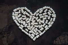 Coeur fait de guimauve blanche de coeur, décoration pour l'amour Photographie stock libre de droits