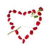 Coeur fait de pétales roses Photographie stock libre de droits