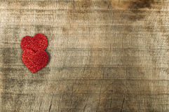 Coeur fait de papier rouge courbé Photographie stock