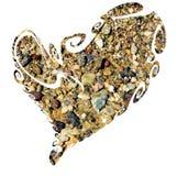 Coeur, mer, pierres et roches d'isolement sur le fond noir Image libre de droits