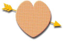 Coeur modelé avec une flèche d'or Images libres de droits