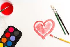 Coeur peint dans les aquarelles, symbole d'amour Photographie stock libre de droits