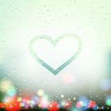 Coeur peint sur la fenêtre en sueur Images libres de droits