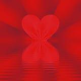 Coeur reflété dans les ondes Image stock