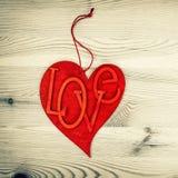 Coeur rouge Amour et jour de valentines Type de cru Photographie stock libre de droits