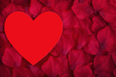Coeur rouge d'amour avec l'espace pour la copie au centre Photographie stock