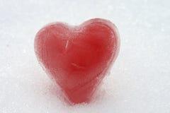 Coeur rouge de glace Photographie stock libre de droits
