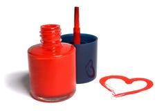 Coeur rouge de vernis à ongles Photo stock