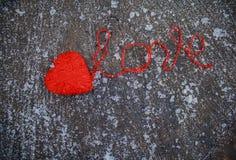 Coeur rouge et le mot Images stock