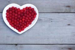 Coeur rouge fait de framboise Photo libre de droits