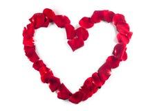 Coeur rouge fait de pétales roses Photos libres de droits
