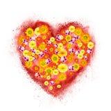Coeur rouge fait en explosion de poudre avec des fleurs Image libre de droits