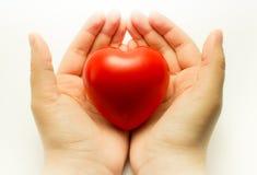 Coeur à disposition Photo libre de droits