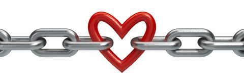 Coeur rouge tenu par une chaîne en acier Photographie stock libre de droits