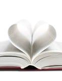 Coeur sous forme de feuilles du livre Photos stock