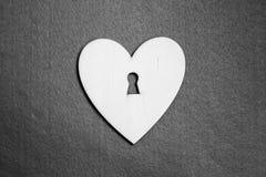 Coeur sous forme de serrure en noir et blanc Images stock