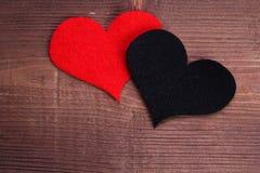 Coeur sur le bois image libre de droits