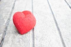 Coeur sur le bois Images libres de droits