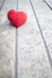 Coeur sur le bois Images stock