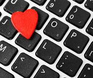 Coeur sur le clavier d'ordinateur Photographie stock