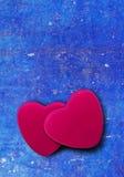 Coeur sur le fond bleu de vintage avec l'espace de copie Photos libres de droits