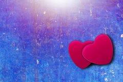 Coeur sur le fond bleu de vintage avec l'espace de copie Images libres de droits