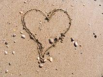 Coeur sur le sable Image stock