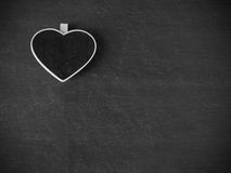 Coeur sur le tableau noir pour le fond Photographie stock