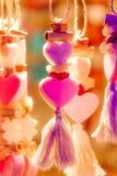 Coeurs au néon Kitschy Images libres de droits