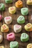 Coeurs colorés de conversation de sucrerie Image stock
