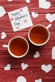 Coeurs d'amour avec des tasses de thé Images libres de droits
