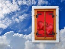 Coeurs d'amour dans le ciel Photos libres de droits