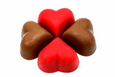 Coeurs de bonbons au chocolat rouges Photos libres de droits