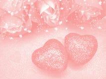 Coeurs de concept de vacances d'amour de jour du ` s de Valentine avec des roses sur brillant Image stock