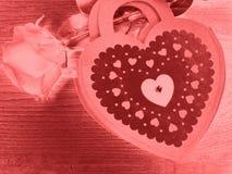 Coeurs de concept de vacances d'amour de jour du ` s de Valentine avec des roses sur brillant Images libres de droits