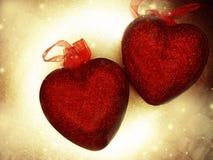 Coeurs de concept de vacances d'amour de jour du ` s de Valentine sur le backgr brillant d'or Image stock