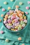 Coeurs de conversation de sucrerie pour la Saint-Valentin Image stock