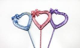 Coeurs de fait main multicolore de rubans de satin Photos libres de droits