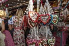 Coeurs de pain d'épice chez Theresienwiese à Munich, Allemagne, 2016 Images libres de droits
