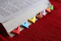 Coeurs de papier d'origami Photographie stock