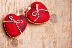 Coeurs de rouge de jour du ` s de Valentine Photos stock