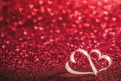 Coeurs de ruban et lumières de bokeh Images libres de droits