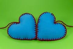 Coeurs de textile piqués par main en forme de coeur image libre de droits