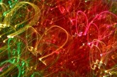coeurs defocused de silhouettes sur le fond lumineux de fête trouble copyspace abstrait photos stock